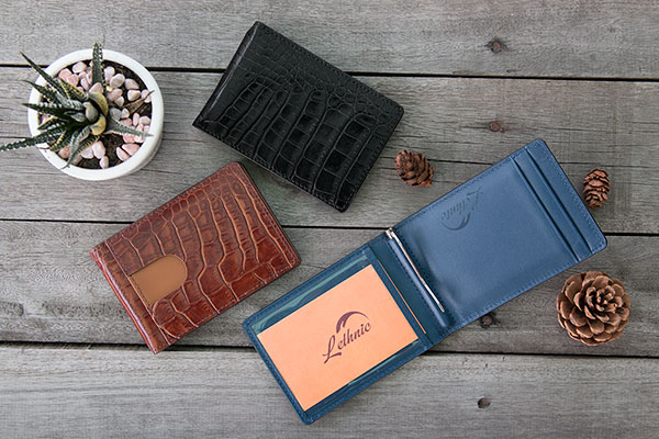 83302c394403 I must say that money clip wallets are one of the cleverest design as in  addition to cards, you can store lots of money as much as you need thanks  to the ...